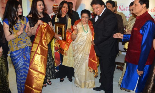Asha Bhosle was presented with the 5th Yash Chopra Memorial national Award 2018