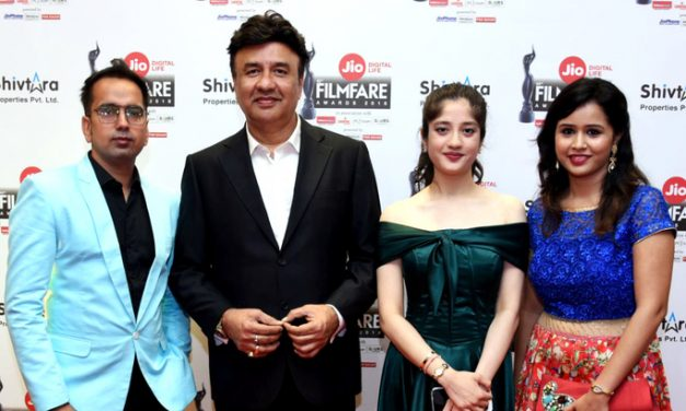 'YOUDLY' MAKES A MARK AT THE FILMFARE AWARDS