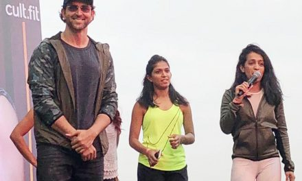 BOLLYWOOD HEART THROB HRITHIK ROSHAN PROMOTES FITNESS AT INORBIT MALL