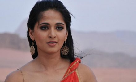 I invest time in movies which are close to my heart: Anushka