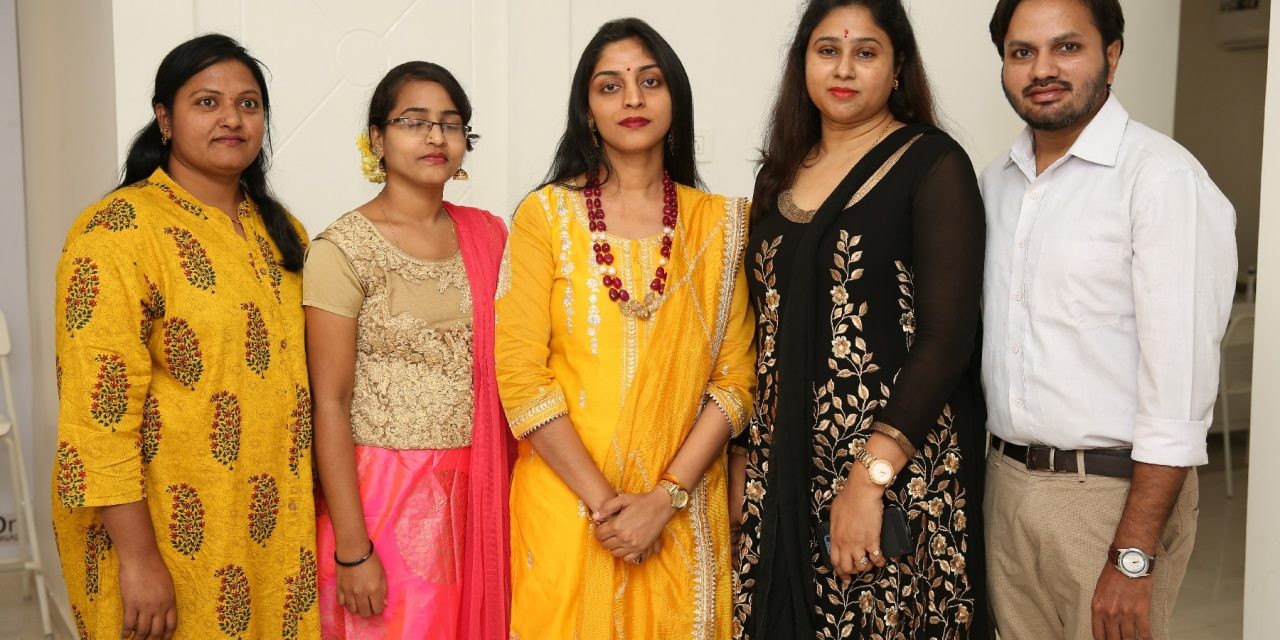 Tollywood Actress Yamini Bhasker inaugurated Studio Aesthetics Clinic at Gachibowli