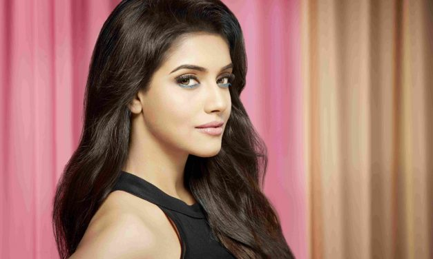 Asin Thottumkal Biography – Age, Height, Weight, Movies and Photos