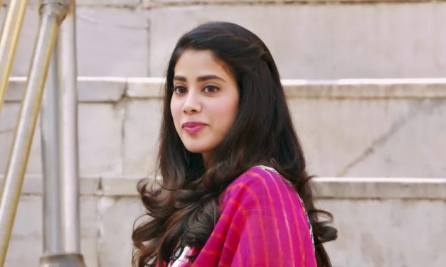Janhvi Kapoor Biography | Age, Height, Weight, Movies, Photos and Social