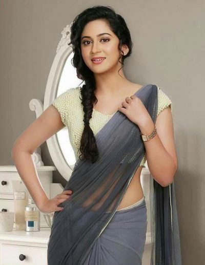 charming-miya-george-in-saree-photos